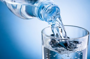 Hilft Wasser trinken beim Abnehmen