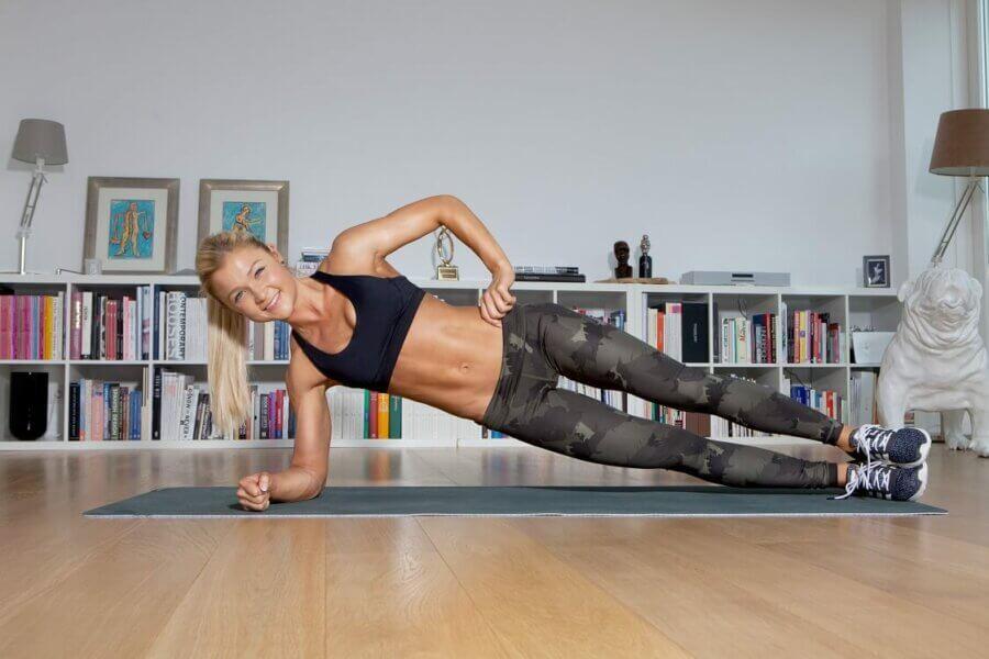 Sophia Thiel Fitness 2