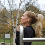 Calitary Training Chinups im Freien