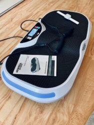 Miweba Sports Vibrationsplatte MV300 4D Wave mit Zugbändern